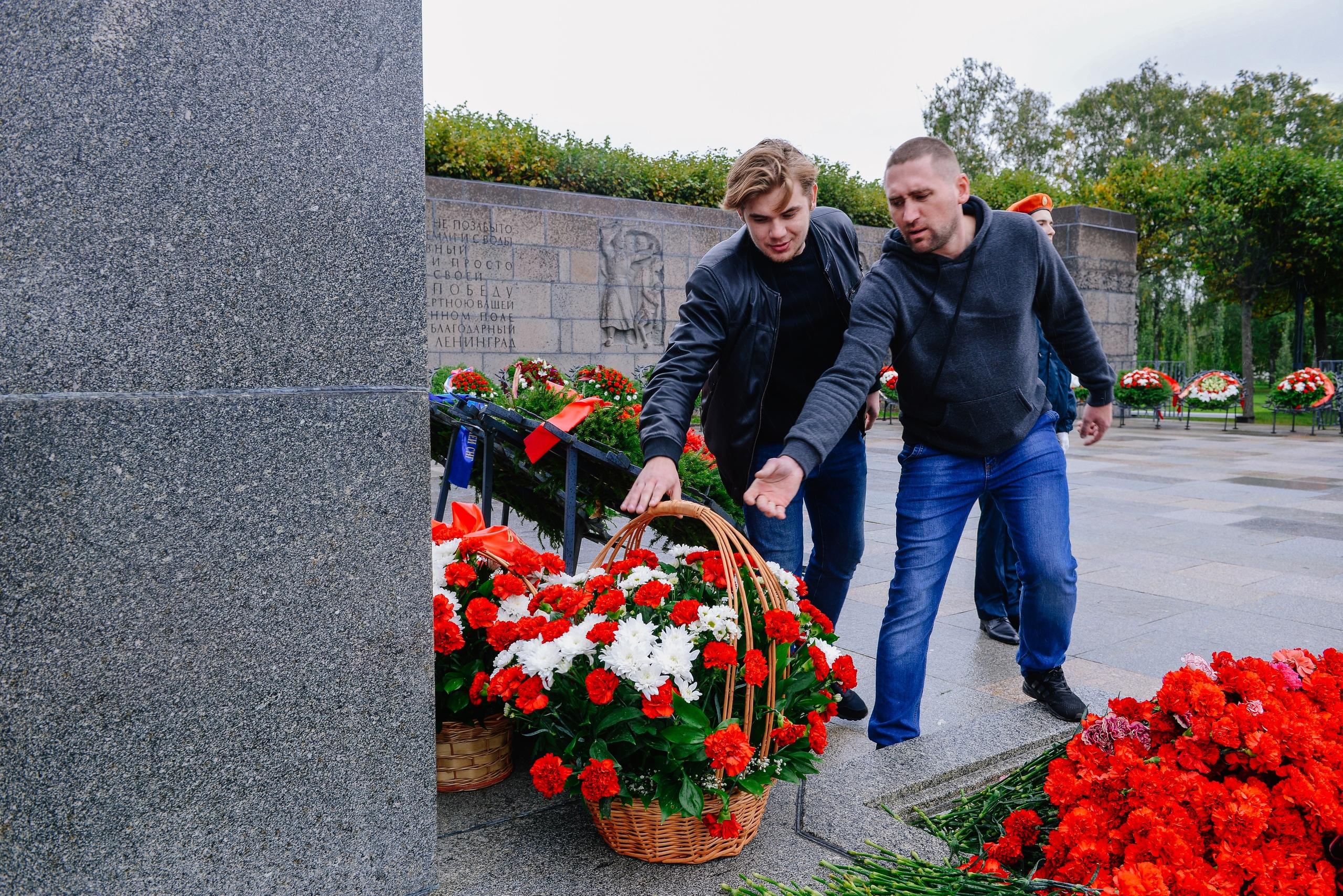 Денис Минкин поручил показывать фильм «Трамвай идёт на фронт» при поступлении в УКК